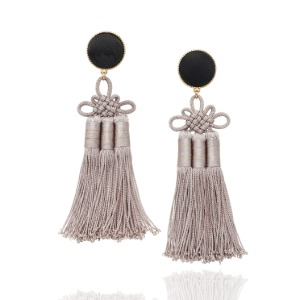 [Amazon USA]Silk Korean Norigae Earrings (Gray)