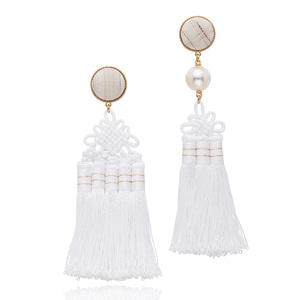 [Amazon USA]Silk Korean Norigae Earrings (White)